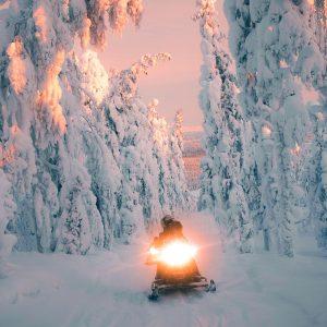 Safari motoneige, Laponie, Finlande