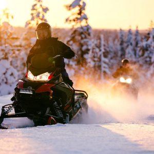 motoneige finlande laponie safari raid tout compris 2020 2021